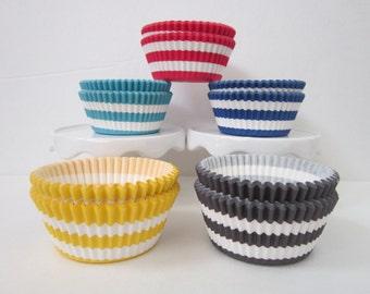 Rugby Stripe ~ Standard Size ~ Cupcake Liner ~ DESIGNER GREASE RESISTANT ~ BakeBright ~ Baking Cups (50)