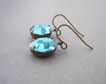Turquoise Earrings - Vintage Rhinestone - Estate Style - Brass Leverback - Hollywood Regency - Mint Green Indian Sapphire
