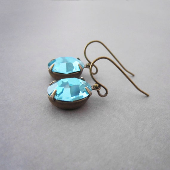 Turquoise Earrings - Vintage Rhinestone - Estate Style - Brass Leverback - Hollywood Regency - Mint Green Indian Sapphire