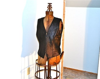 SALE now 85.00 Ladies Black Leather Vest Linda Allard Haute Hot Has Tag 345.00