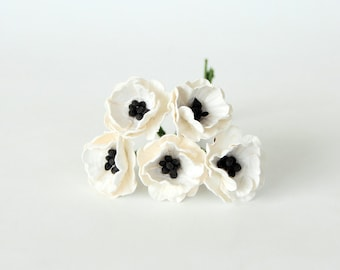 50 pcs - White Poppy paper flowers - Wholesale pack