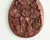 Handmade, wood carving, egg-shaped panel,Wine glasses, Celebration of a joined life, Wedding gift, MADE TO ORDER