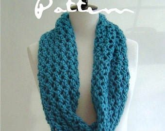 Easy Scarf Knitting Patterns For Beginners : KNITTING PATTERN Lace Scarf Simple Knit Pattern Infinity Scarf
