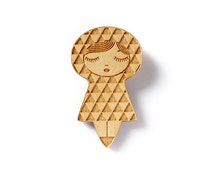 Wooden doll brooch - uroko - traditional Japanese triangle pattern - matriochka - kokeshi - geometric - laser etched - lasercut maple wood
