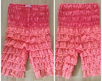 SALE Vintage 1970s feminine coral ruffle bloomers