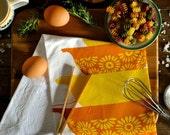 Jahrgang Pyrex gelb Daisy Geschirrtuch, weiße Baumwolle Siebdruck gedruckt Mehl Sack Geschirrtuch, gelb und Orange Cinderella-Schüssel-Set