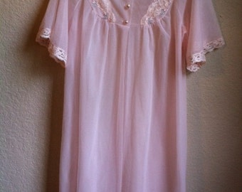 Pale Pink Night Gown With Pearl Buttons By Shadow Line