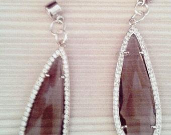 orecchini a goccia, orecchini grigi, orecchini pietre dure, orecchini pendenti grigi, orecchini fatti a mano grigi