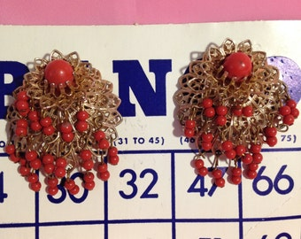 Vintage  carnelian colored bead earrings from the from the fabulous 40's and 50's era