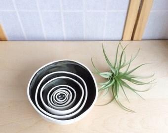 Nesting Bowls - Metallic
