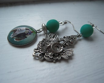 Green owls earrings