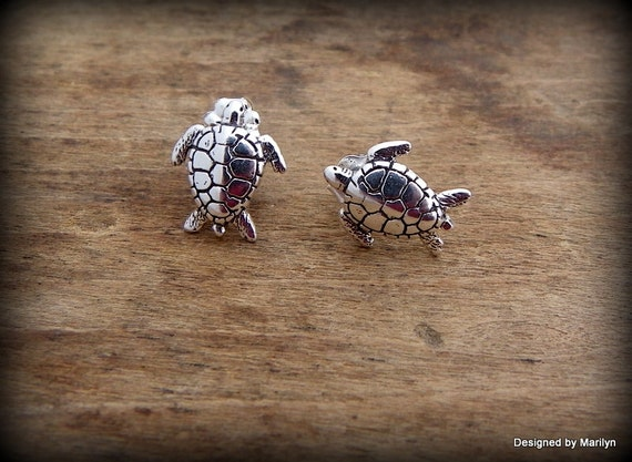 Sterling silver sea turtle earrings, post earrings, ocean theme jewelry,  turtle jewelry