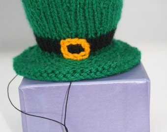 St Patricks Day costume Mini top hats hand knit gifts leprechaun hat fancy dress holiday gifts St Patricks day fancy dress mini top hats