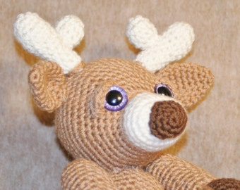 Crochet Stuffed Animal Reindeer-Crochet Brown Reindeer-Crochet Amigurumi Reindeer-Brown Stuffed Reindeer with Whitw Antlers