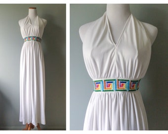 Vintage Embroidered Dress White Wedding Halter Gown 1960s 70s Grecian Sexy Open Back Maxi Dress Hippie Boho Long Skirt Size 00 XXS X-Small