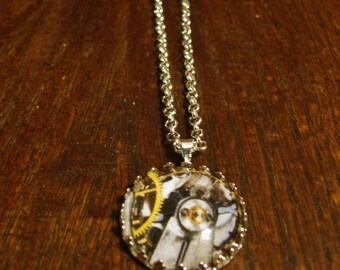 Clock Gears Cabochon Glass Pendant Necklace - No.1