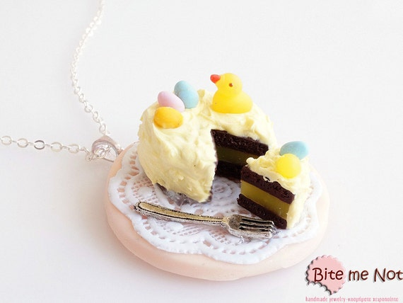 Mini Food Easter Cake Necklace, Cake Necklace, Clay Miniature Sweets, Easter Gifts, Dollhouse Miniature, Kawaii Jewelry, Festive Necklace