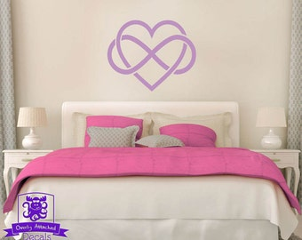 Heart with Infinity Knot Wall Decal Decor