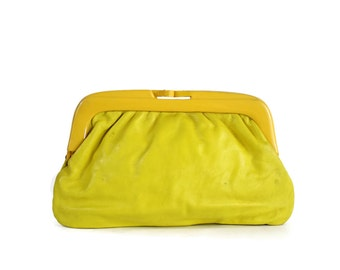 60s Italian Leather Yellow Clutch / Vintage Clutch 1960s Sunshine Yellow