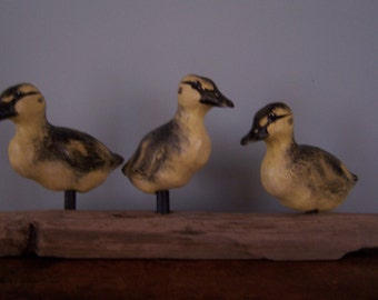 folk art carved painted mallard duckling trio