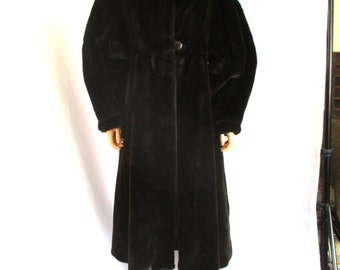 SALE! 1980s Fendi Faux Fur Full-Length Empire Waist Coat 42