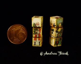 Miniature Christmas Funny Cubes, Cubes Amusants with Santa