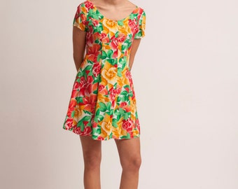 Vintage 80s/90s colorful summer dress flower beach tropical waisted