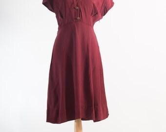 Vintage 1940s Burgundy Military Style Dress (Size 12 Aust / 8 USA / 12 UK)