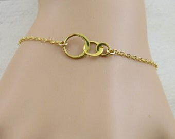 Infinity bracelet, Infinity circles, gold filled chain, small infinity circles, graduation gift, forever bracelet,infinity symbol,friendship