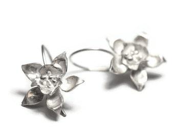 Sterling Silver Flower Dangle Earrings ,  Blossom Earrings , Nature Earrings ,Silver Floral Dangle Earrings , Flower Petal Earrings