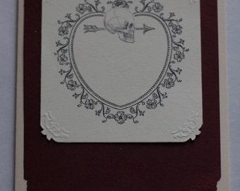 Carte de Saint-Valentin gothique - crème