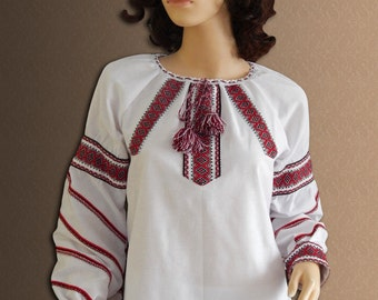 Ukrainian blouses. National Ukrainian clothing. Women's blouse. Red, blue. Different sizes.