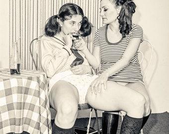 girls seduced by lesbian
