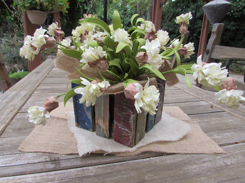 flower table decor flower arrangement floral arrangement. Black Bedroom Furniture Sets. Home Design Ideas