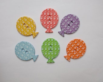 Pack of 6 balloon buttons, fun buttons for card making and other crafts
