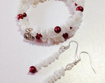 Red Pearl Memory Wire Bracelet & Earrings White Agate Bracelet Red Bracelet Handmade Jewelry Gift for Her Beaded Bracelet Pearl Bracelet