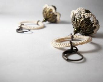Rustic Earrings - Natural tones - Boho dangle earrings - Ivory