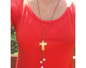Long Freshwater Pearl Leather Lariat Necklace with Hammered Cross
