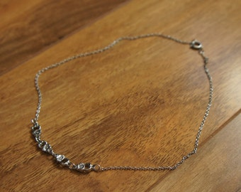 Vintage Jewelry  Chain  Necklace Silver,Links , Flower , Choker  A-001