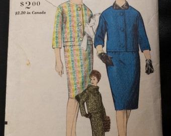 1960s Vintage Vogue Suit and Scarves Pattern 4306
