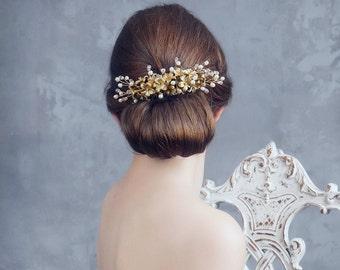 Floral bridal hair comb. Wedding pearls hair comb. Bridal headpiece. Wedding headpiece. Gold bridal headpiece MOD551