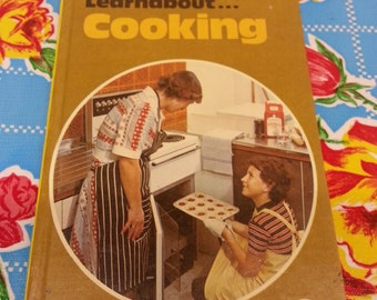1970s Learnabout...Cooking (A Ladybird Book)