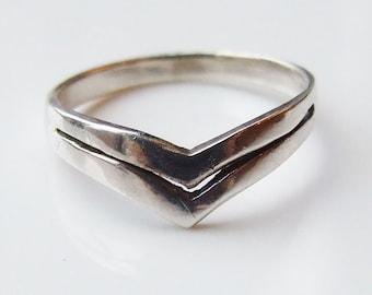 Vintage 925 Sterling Silver Wishbone Ring Size 6 1/4 - M