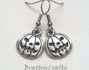 Silver Pumpkin Earrings - Fun Halloween Earrings - Fun Halloween Jewelry - Pumpkin Jewelry - Pumpkin Earrings