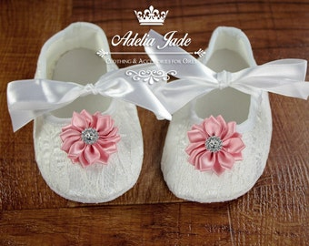 White Baby Shoes, Crib Shoes, Baby Girl Shoes, Soft Sole Baby Shoes, Lace Baby Shoes with Pink Flower, Infant Shoes, Newborn Girl Shoes