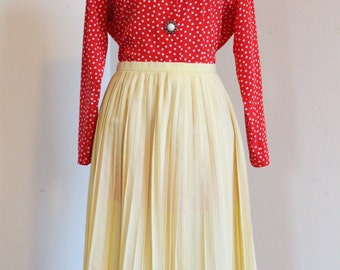 60's Yellow pleated skirt size S
