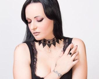 Gothic lace choker Black Onyx, elegant cross necklace - LUCRETIA goth steampunk necklace