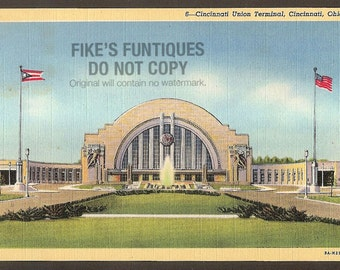 Cincinnati, Ohio Vintage Linen Postcard - Union Terminal (Unused)