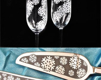 Snowflake Wedding Cake Server Champagne Flute Set,  Personalized Table Settings, Winter Wedding