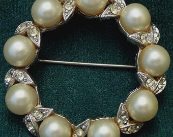 Vintage Marvella Pearl Rhinestone Brooch Wedding Pin
